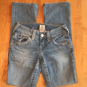 True Religion Becky size 25 Distressed Low Rise.
